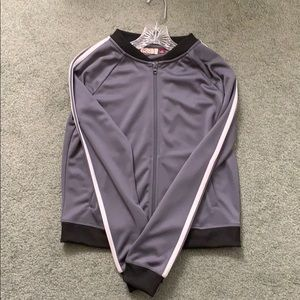 I am selling my grey and white track jacket!